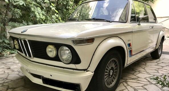 location-BMW-Pecqueuse-roadstr