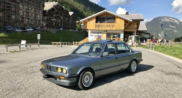 location-BMW-Morzine-roadstr
