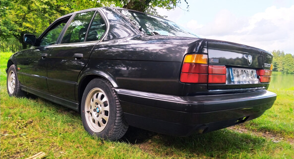 location-BMW-Viriat-roadstr