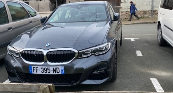 location-BMW-La Ménitré-roadstr