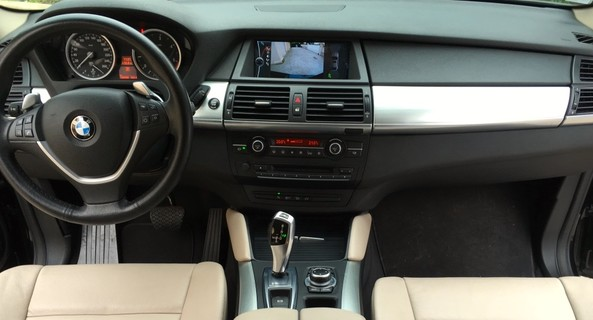 location-BMW-Six-Fours-les-Plages-roadstr