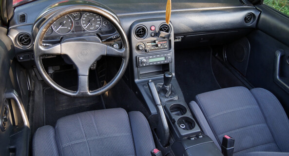 location-BMW-Saint-Denis-le-Gast-roadstr