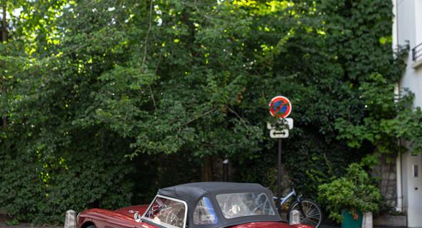location-MG-Paris-roadstr