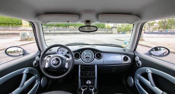 location-MINI-Paris-roadstr