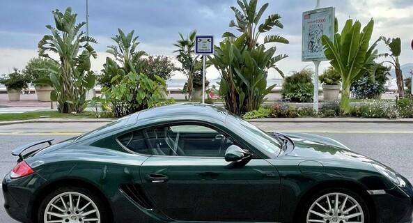 location-PORSCHE-Cannes-roadstr