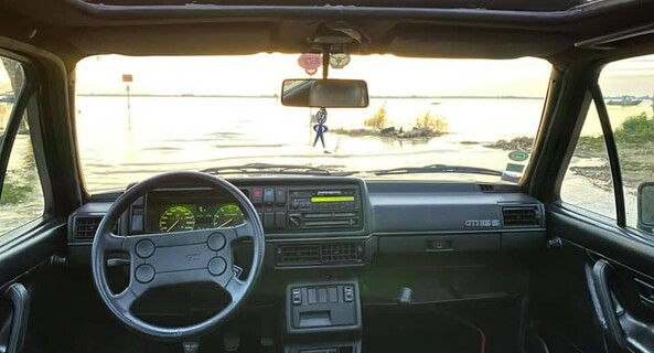 location-VOLKSWAGEN (VW)-Saint-Gènes-de-Blaye-roadstr