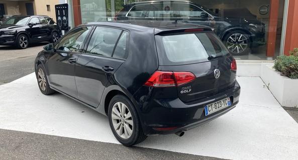 location-VOLKSWAGEN (VW)-Fontainebleau-roadstr