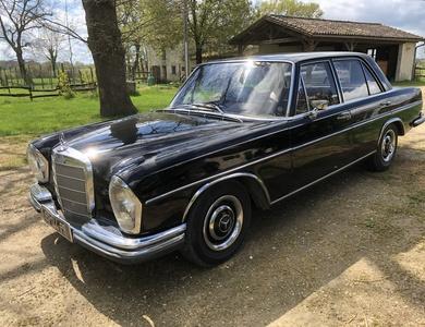 Mercedes-benz 250 Se à Beaumontois-en-Périgord (Dordogne)