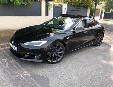 Tesla Model S 100d à Paris (16ème arr.)