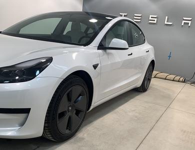 Tesla Model 3 Sr+ à Aix-en-Provence (Bouches-du-Rhône)