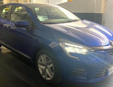 Renault Clio Iv à Paris (19ème arr.)