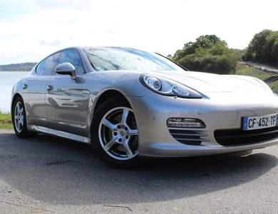Porsche Panamera à Vitré (Ille-et-Vilaine)