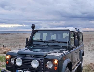 Land Rover Defender 300 Tdi - 110 Sw à Lucciana (Haute-Corse)