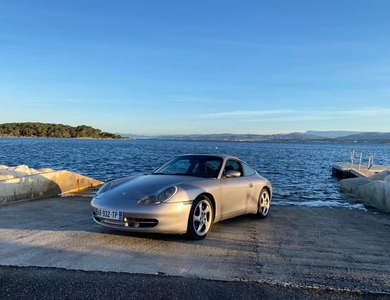 Porsche 911 Type 996 Carrera 2 à Toulon (Var)