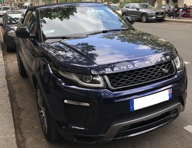 Land Rover Evoque Cabriolet à La Garenne-Colombes (Hauts-de-Seine)
