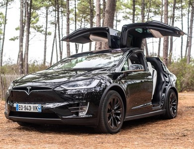 Tesla Model X 100d à Bordeaux (Gironde)
