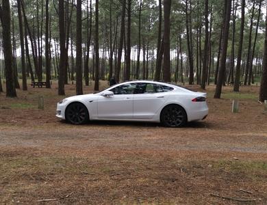 Tesla Model S P100d à Bordeaux (Gironde)