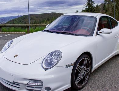 Porsche 911 Type 997.2 Turbo à L'Etrat (Loire)