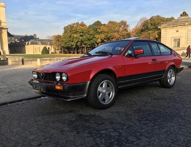 Alfa Romeo Gtv6 à Paris (6ème arr.)