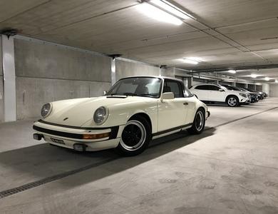 Porsche 911 Type G 3.0 Sc Targa à Maurepas (Yvelines)