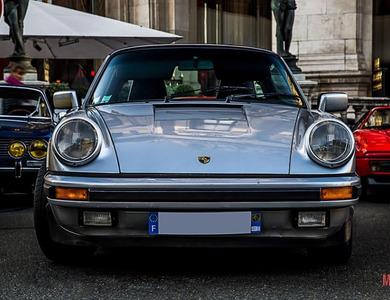 Porsche 911 Type G Carrera 3.2l Targa à Neuilly-sur-Seine (Hauts-de-Seine)