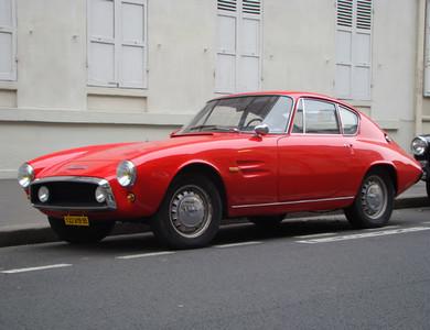 Ac Ghia 1500 Gt Rouge à Nanterre (Hauts-de-Seine)