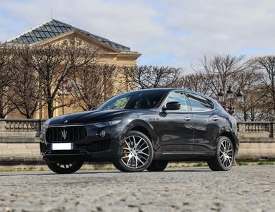 Maserati Levante S à Paris (17ème arr.)