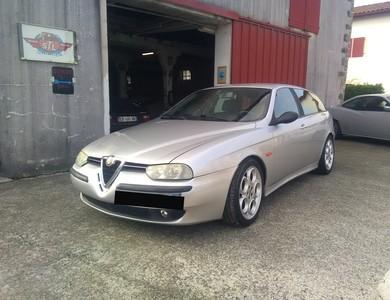 Alfa Romeo 156 V6 2.5 Sw à GARRIS