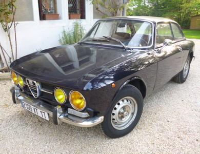 Alfa Romeo 1750 Gt à Vaulx-en-Velin (Rhône)