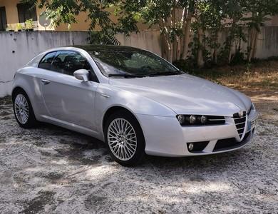 Alfa Romeo Brera 3.2 V6 Q4 à Enghien-les-Bains (Val-d'Oise)