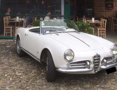 Alfa Romeo Giulietta Spider «châssis Court» à Pélissanne (Bouches-du-Rhône)