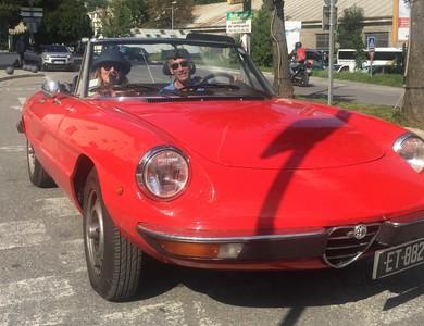 Alfa Romeo Spider à Levallois-Perret (Hauts-de-Seine)