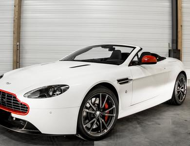Aston Martin V8 Vantage Cabriolet à Poitiers (Vienne)