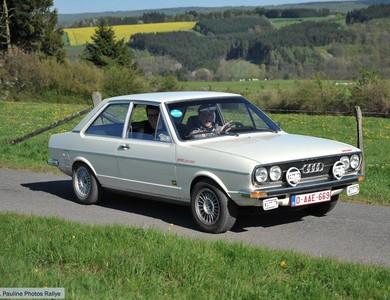 Audi 80 à Assesse (Namur)