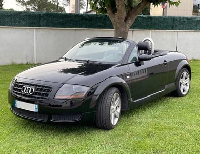 Audi Tt Roadster à Biarritz (Pyrénées-Atlantiques)