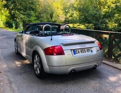 Audi Tt Roadster Mk1 à Paris (4ème arr.)