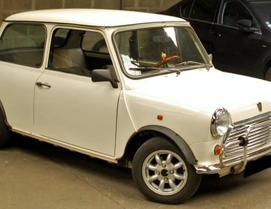 Austin Mini à Colombes (Hauts-de-Seine)