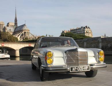 Mercedes-benz 280 Se (w108) à Paris (1er arr.)