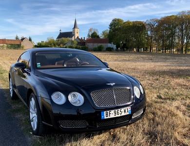 Bentley Continental Gt à Asnières-sur-Seine (Hauts-de-Seine)