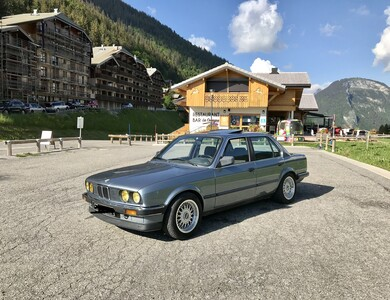 Bmw 320i à Morzine (Haute-Savoie)