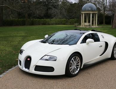 Bugatti Veyron 16.4 à Paris (8ème arr.)