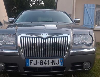 Chrysler 300c à Lancieux (Côtes-d'Armor)