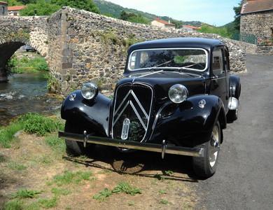 Citroen Traction 11b à Aulnat (Puy-de-Dôme)
