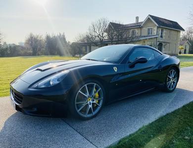 Ferrari California à Léognan (Gironde)