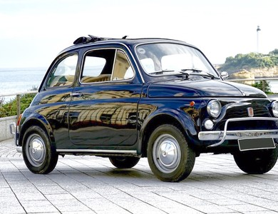 Fiat 500 à Bayonne (Pyrénées-Atlantiques)