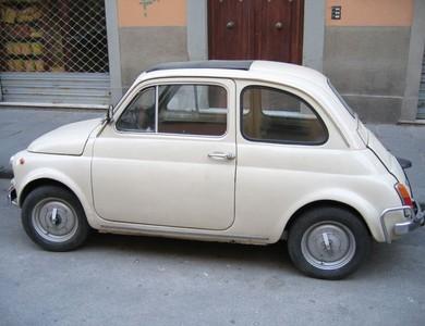 Fiat 500 à Vaulx-en-Velin (Rhône)