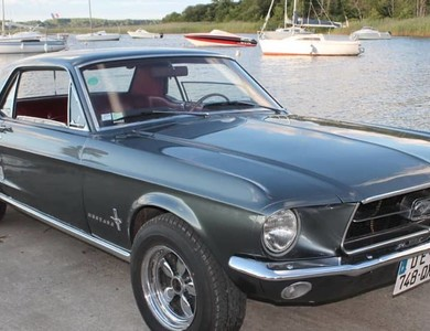 Ford Mustang (1ère Gen) à Bordeaux (Gironde)