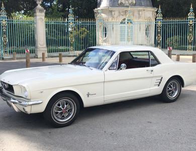 Ford Mustang Coupé Blanc à Nanterre (Hauts-de-Seine)