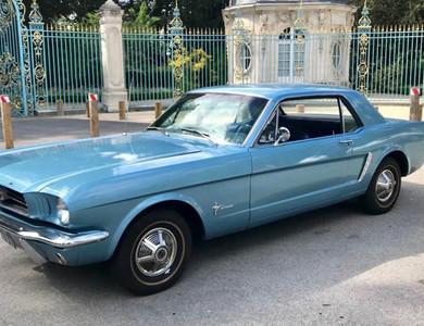 Ford Mustang Coupé Bleu Clair à Nanterre (Hauts-de-Seine)