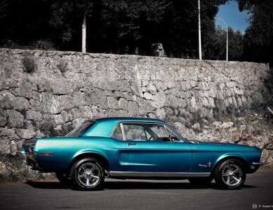 Ford Mustang à Bonrepos-sur-Aussonnelle (Haute-Garonne)